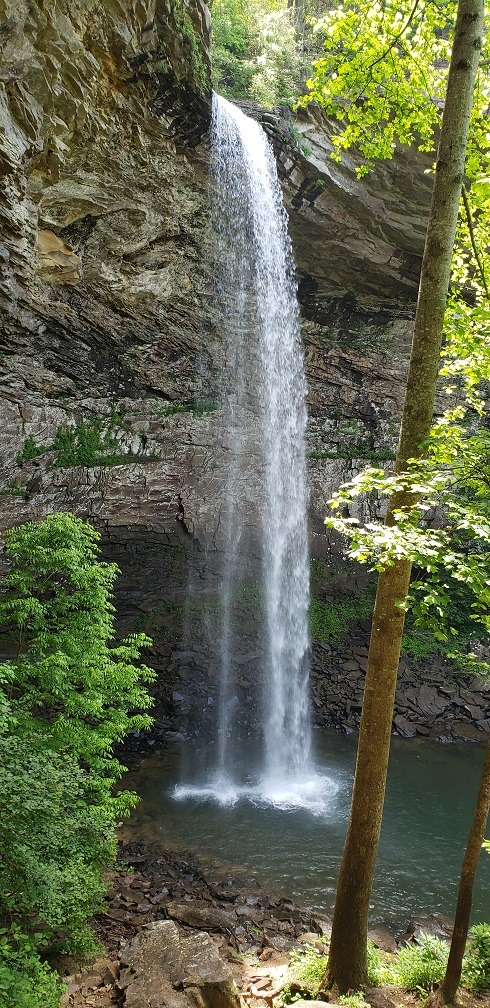 Ozone Falls, Tennessee